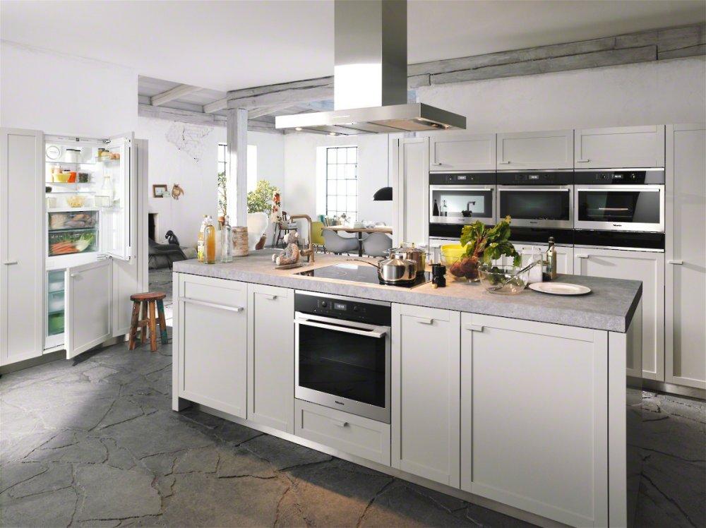 nejlepší trouby na pečení- pečicí trouba MIELE H 6360 BP NEREZ