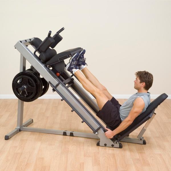 Leg press je skvělý stroj na cviky zaměřené na nohy. To jsou důvody, proč byste ho měli mít doma i vy