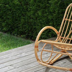 Houpací křeslo a moderní design se nevylučují. Jak si vybrat to pravé do vaší domácnosti?